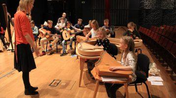 Oppilaslähtöisyys sävellyksen opetuksessa
